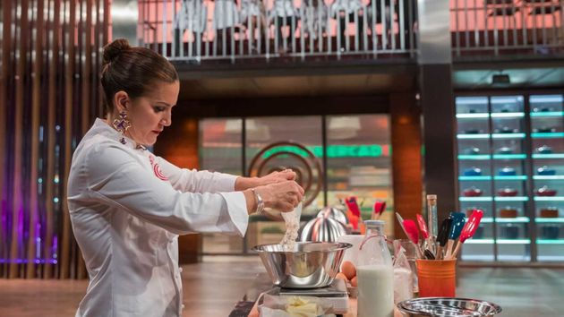 Samantha cocina por primera vez en 'Masterchef' (TVE) y lo que hace desata multitud de