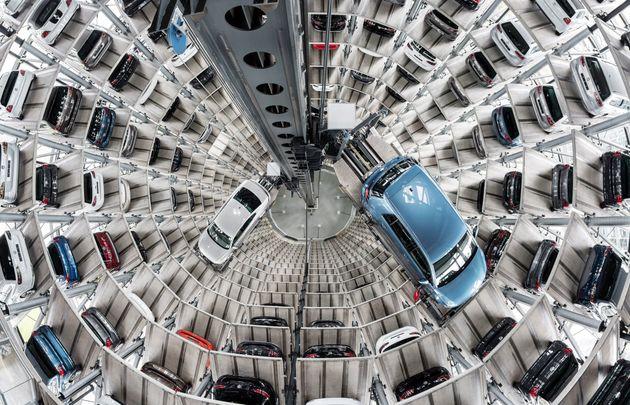 세계 최대 자동차 회사 폭스바겐은 2040년 마지막 내연기관차를 판매할