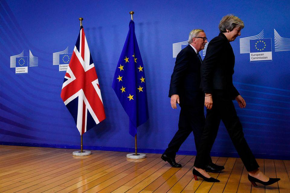 영국은 EU를 공식 탈퇴하기 전까지는 회원국 지위를
