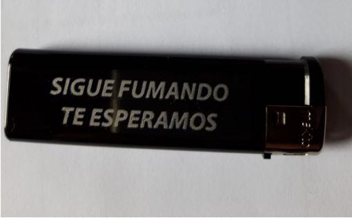 El genial mensaje en un mechero de una funeraria gallega: lo mejor está en la parte de