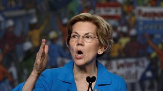Democratic U.S. presidential candidate Senator Elizabeth Warren (D-MA) speaks at the North America's Building Trades Unions (NABTU) 2019 legislative conference in Washington, U.S., April 10, 2019. REUTERS/Yuri Gripas