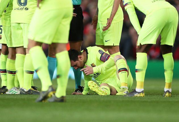 Las duras imágenes de Messi sangrando en Old