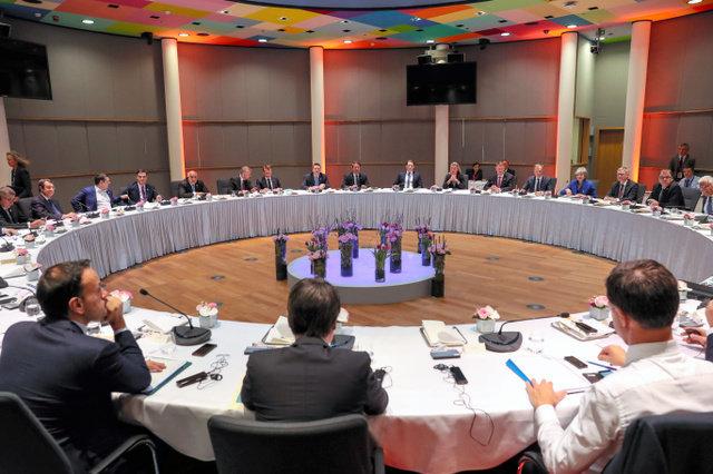 イギリスEU離脱は10月末に延期 EU首脳会議が提案、メイ首相も同意