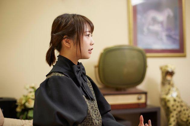 「自分らしさ」まで裁かれる世界で、死なないために。戸田真琴さんが提案する「オンリーワンにもならなくていい」生き方