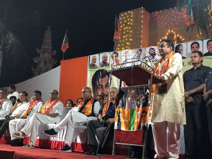 In his speeches, the Gadkari sticks to what he has done for the constituency during his term and what he will do if he wins again.