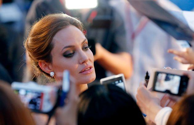 Η επική μάχη Αντζελίνα Τζολί - Μισέλ Πφάιφερ στο «Maleficent