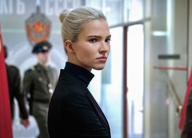 Sasha Luss, l'actrice russe qui tient le rôle titre du film