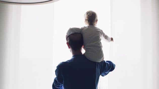 Une directive européenne octroie aux pères ressortissant de l'Union européenne...