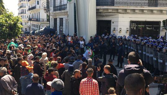 Dispositif sécuritaire renforcé à Alger, manifestations contre