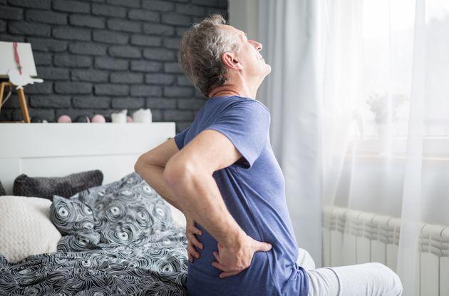Environ 90 % des lombalgies guérissent sans recours à un