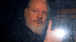 EEUU acusa a Assange de