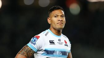 AUCKLAND, NEW ZEALAND - APRIL 06: Israel Folau of the Waratahs looks on during the round 8 Super Rugby match between the Blues and Waratahs at Eden Park on April 06, 2019 in Auckland, New Zealand. (Photo by Anthony Au-Yeung/Getty Images)