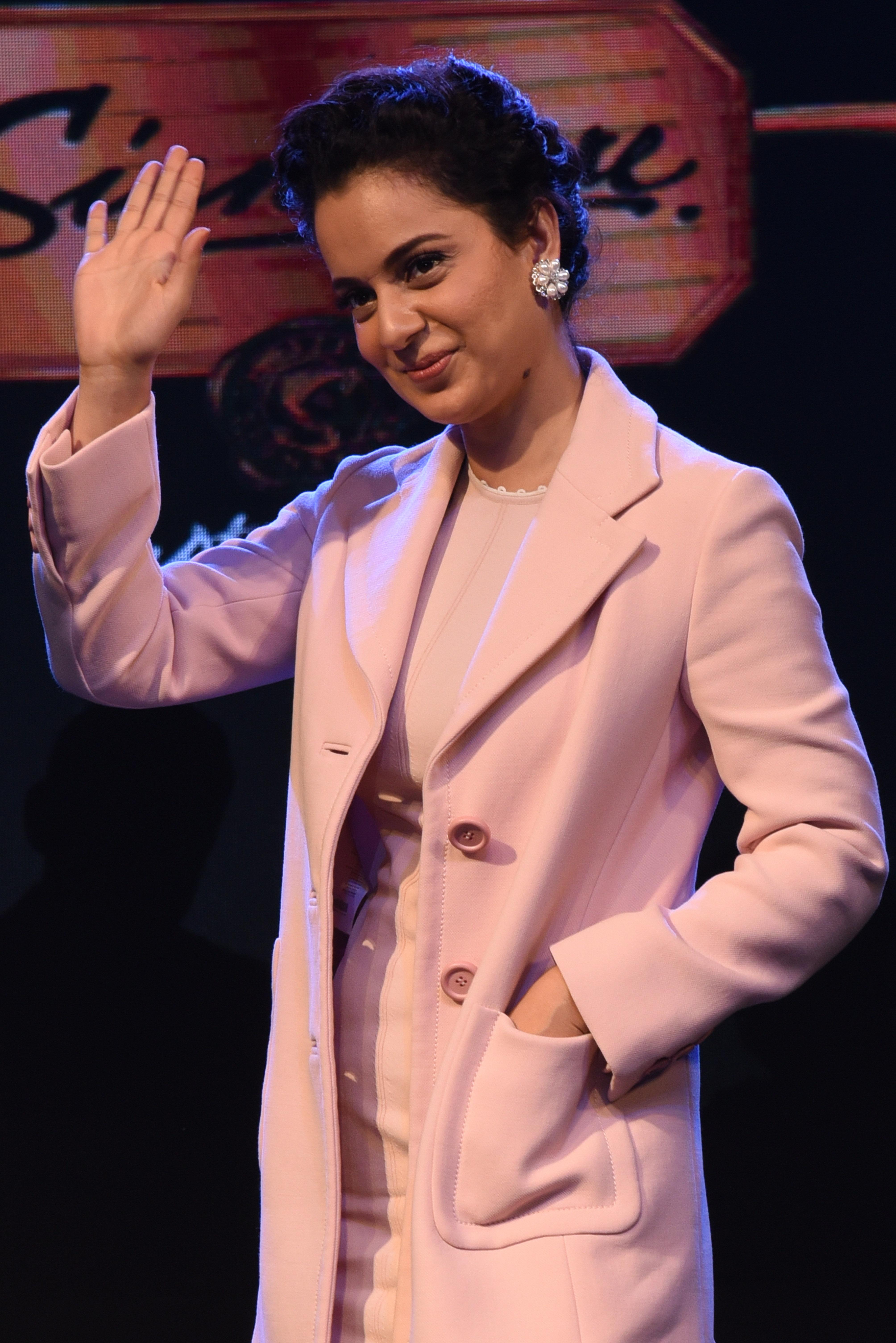 Stop Pampering Mediocrity, Says Kangana On Alia Bhatt's Gully Boy