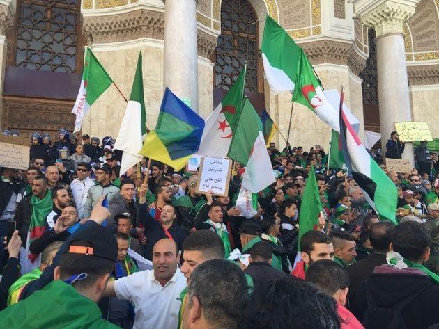 Vendredi 8: les Algériens
