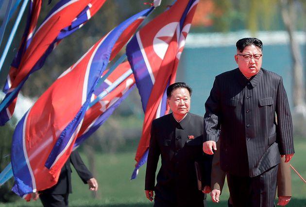 북한이 외교라인을 개편했다. 이제 '온건파'가 전면에