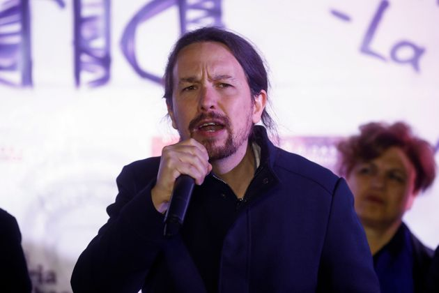 Iglesias cree que Assange debería estar