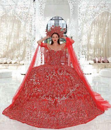 Pour le Casa Fashion Show, une styliste française née au Maroc dévoile une robe en hommage au roi Mohammed...