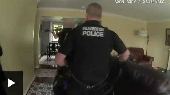 Κάλεσαν την άμεση δράση για κλέφτη στο σπίτι και αυτό που αντίκρισαν ξεπερνά κάθε