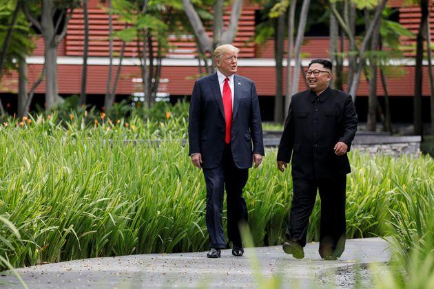 Donald Trump et Kim Jong Un lors de leur sommet à Singapour, le 12 juin