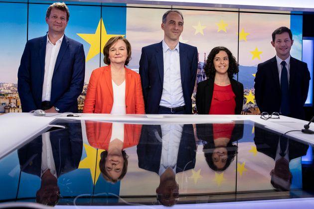 Salles peu remplies, audiences faibles... Le scrutin européen, concurrencé par le grand...