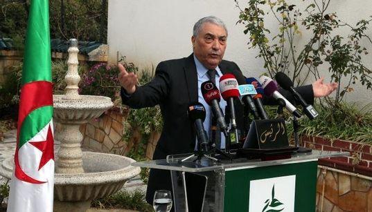 Ali Benflis propose une sortie de crise facilitée par