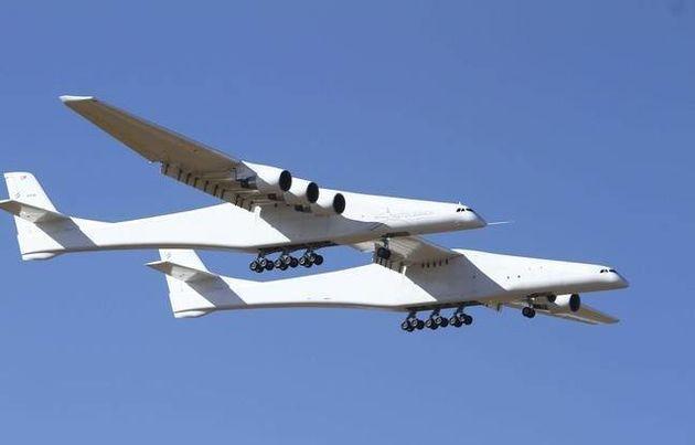 Πρώτη δοκιμαστική πτήση του μεγαλύτερου αεροπλάνου στον