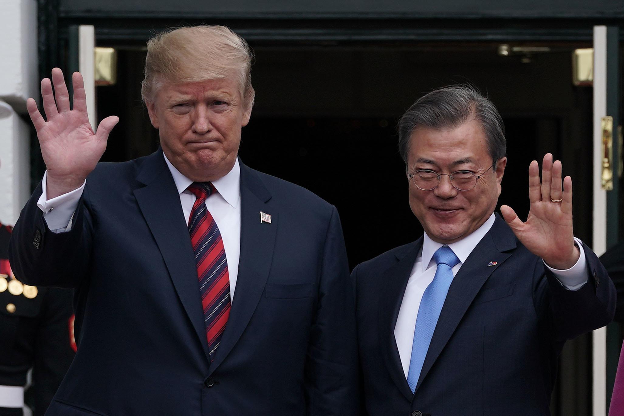 청와대가 한미회담 후 '4차 남북회담' 가능성에 대해