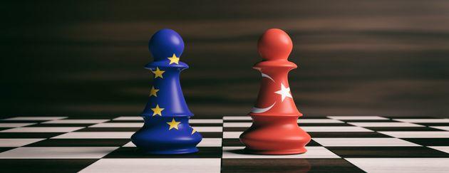 Κομισιόν: Ανοιχτές οι πόρτες της ΕΕ προς την Τουρκία, αλλά πρέπει να λειτουργούν οι