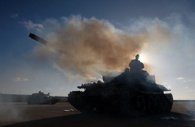 Les membres de l'Armée nationale libyenne (LNA) commandés par Khalifa Haftar, se...