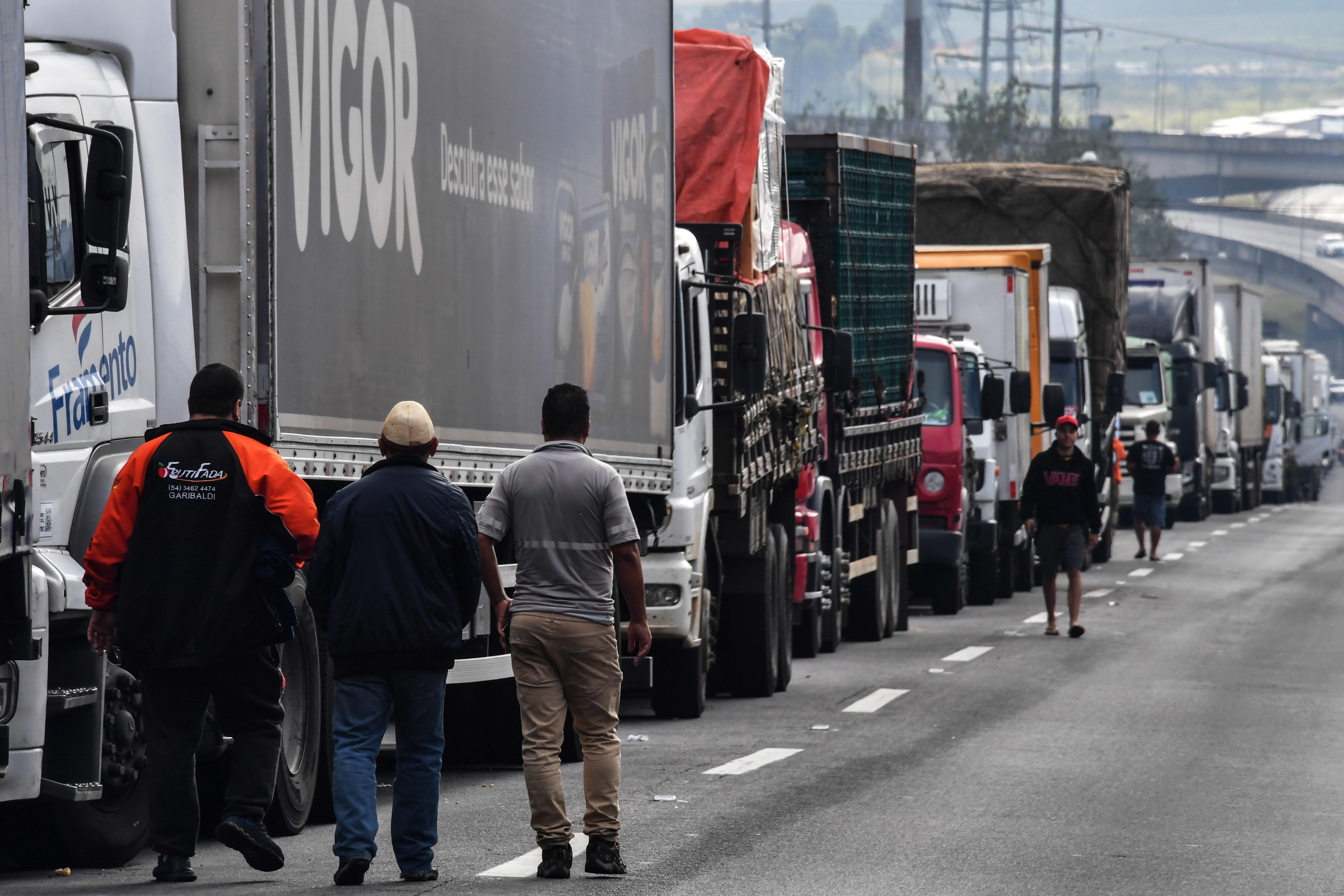 Na semana passada, os caminhoneiros mostraram força ao pressionar o governo para impedir reajuste...