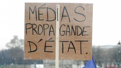 Une journaliste couvrant une manif contre la loi anticasseurs menacée de