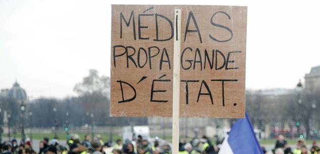 Une journaliste menacée de mort dans une manifestation contre la loi