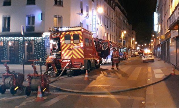 Paris: une violente explosion dans un immeuble fait deux