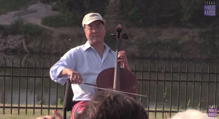 Ma performs in Laredo, Texas.