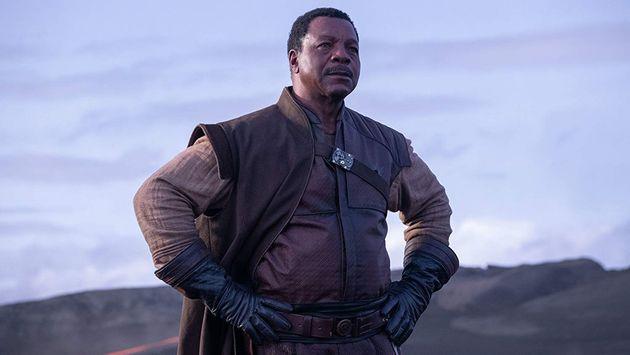 Greef Karga (Carl Weathers), patron d'une guilde de mercenaires qui va employer le