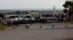 Taxis et louages bloquent les routes, les citoyens