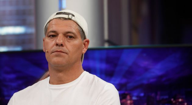 Frank Cuesta comparte los terribles insultos que recibe a través de las redes