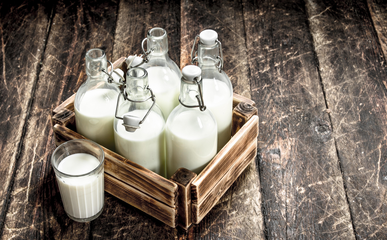 Να πιεις γάλα ή να μην πιεις; Δύο ειδικοί απαντούν στη HuffPost