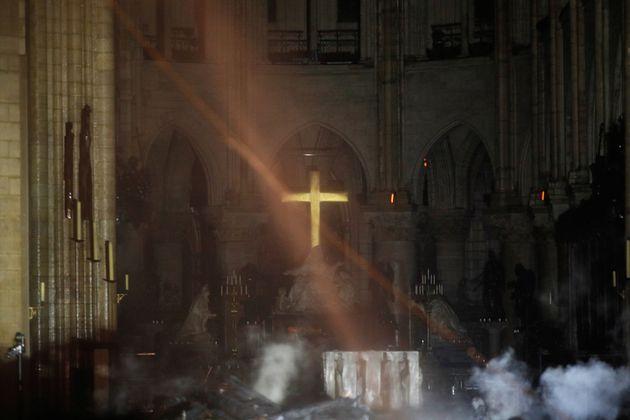 Notre-Dame de Paris: les images de l'intérieur de la cathédrale après
