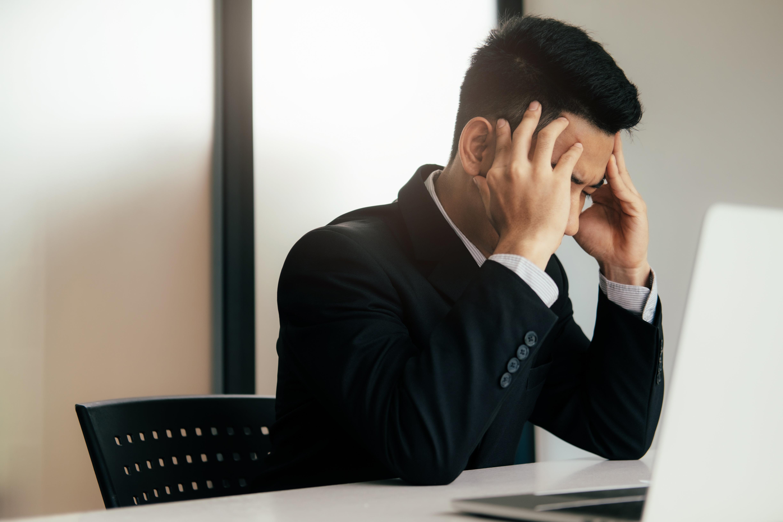 働きすぎな人のイメージ画像