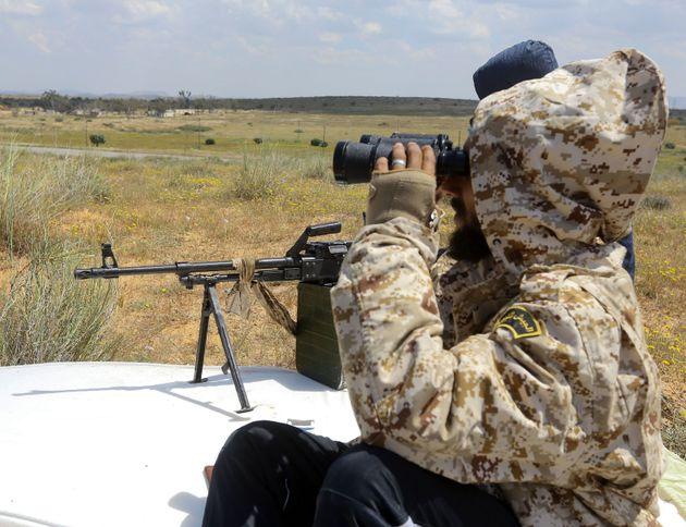 Λιβύη: «Τριάντα χρόνια εμφυλίου» θα φέρει ο Χαφτάρ, προβλέπει η Κυβέρνηση Εθνικής