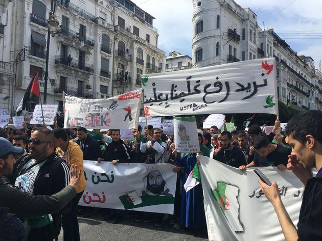 8e mardi de manifestation : déterminés, les étudiants au