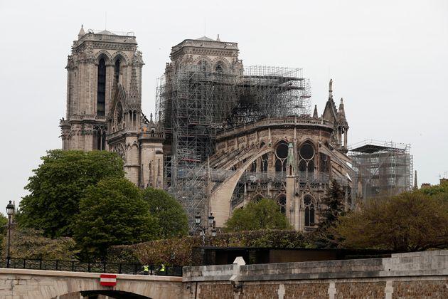 Cuánto costará la restauración de Notre Dame y otras siete preguntas sobre el futuro de la catedral | El HuffPost