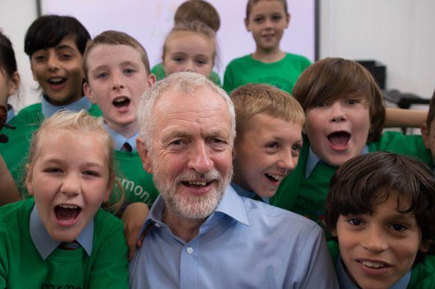Jeremy Corbyn visiting a school