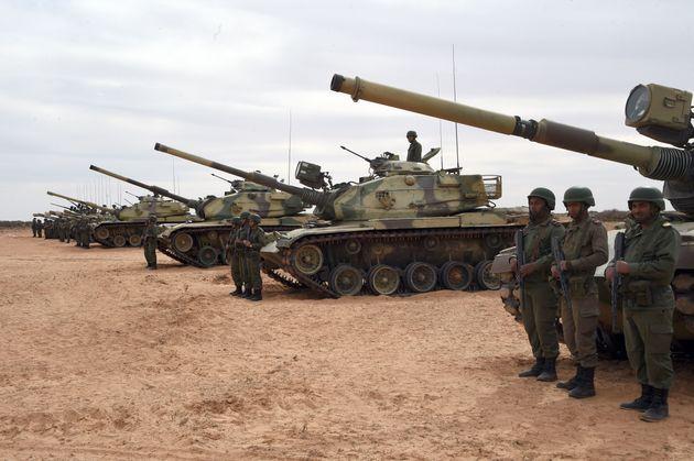 Armés, des diplomates français bloqués à Ras Jedir? Le ministère de la Défense et l'Ambassade de France...