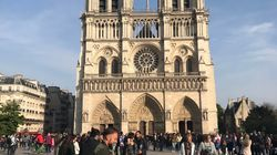 Woman Who Took Heartwarming Photo Hours Before Notre Dame Fire Tries To Track Duo