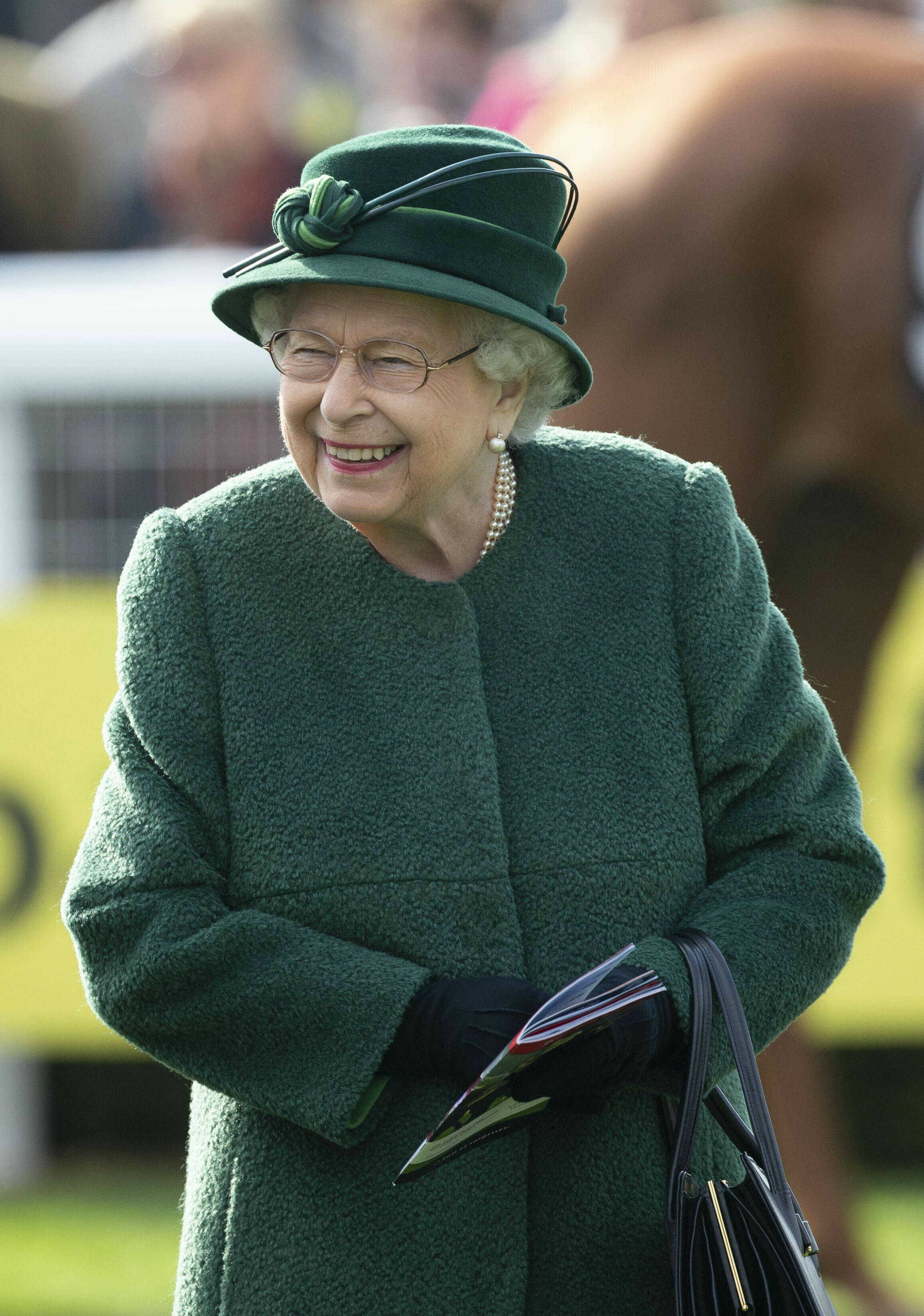 H βασίλισσα Ελισάβετ εκφράζει την θλίψη της για την καταστροφή του καθεδρικού