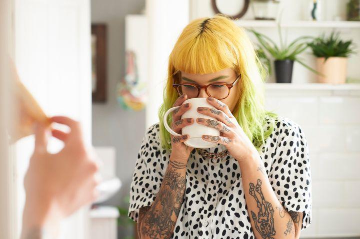 Pesquisadores desvendam relação entre café e cefaleia.