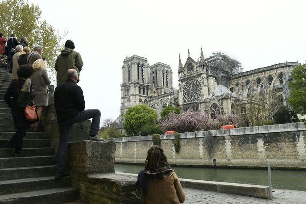 El fotógrafo español en Notre Dame: