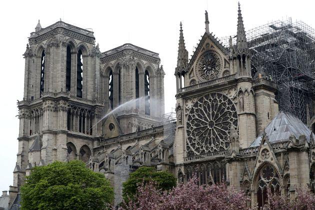 Patrimonio Cultural reconoce que los monumentos españoles corren el mismo riesgo de Notre Dame si sufren...
